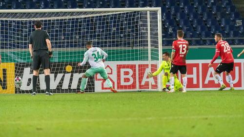 Werder Bremen gewinnt im DFB-Pokal bei Hannover 96