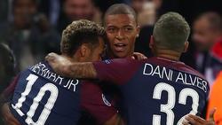 Neymar, Kyllian Mbappé und Dani Alves sollen nicht gut miteinander auskommen