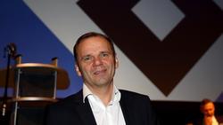 Der 55 Jahre alte Bernd Hoffmann bleibt als Vorstandsvorsitzender im Amt