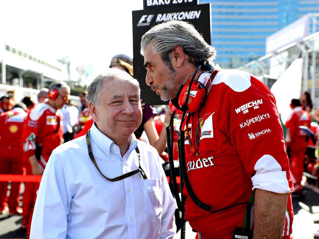 Jean Todt (l.) sieht Bonuszahlungen für Ferrari gerechtfertigt