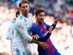 Sergio Ramos marca a Messi en el último Madrid-Barça. (Foto: Getty)