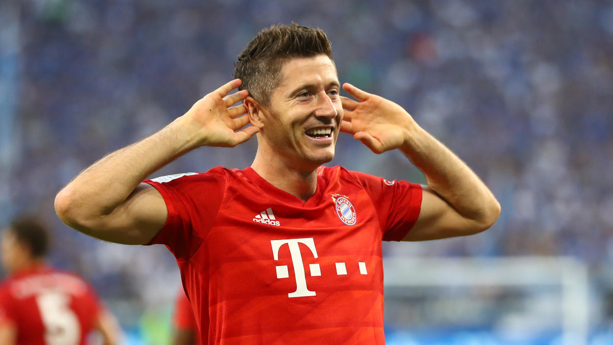 Robert Lewandowski erzielte alle Treffer des FC Bayern