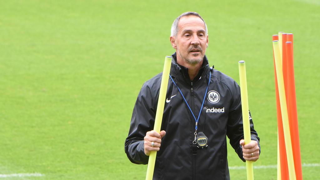 Spricht über die Gerüchte um den Kramaric-Wechsel zum FC Bayern: Adi Hütter von Eintracht Frankfurt