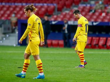 Griezmann y Messi durante la derrota en el Wanda.