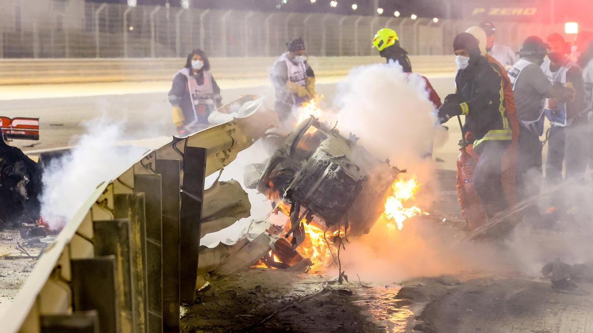 Romain Grosjean überlebte den Feuer-Crash in Bahrain wie durch ein Wunder