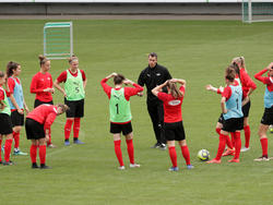 """""""Es ist ein weiterer wichtiger Schritt für die Weiterentwicklung des Frauenfußballs im Profi-Bereich"""