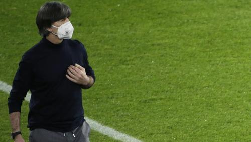 Bundestrainer Löw schloss Rücktritt nach Pleite aus