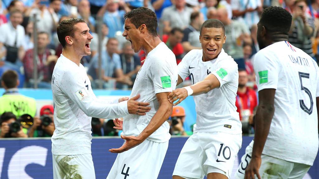 Die Franzosen bejubeln das 1:0