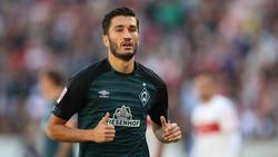 Werder Bremens Nuri Sahin unterstützt die Bayern