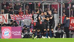 Leon Bailey (l.) erzielte beide Treffer beim FC Bayern München