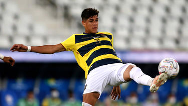 Bayer Leverkusen steht vor der Verpflichtung von Piero Hincapié