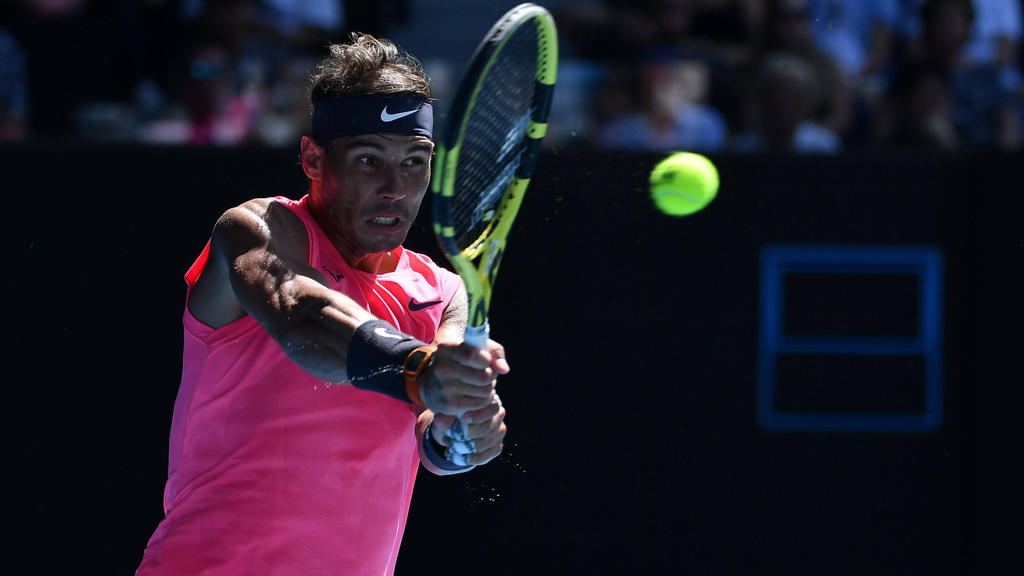 Nadal steht in Melbourne in der nächsten Runde