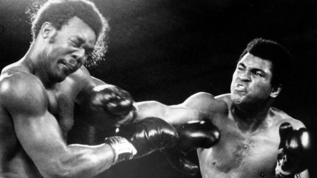"""Rumble in the Jungle"": Muhammad Ali (r.) besiegt George Foreman"
