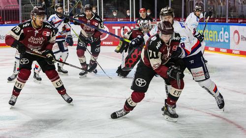 Die Kölner Haie verloren knapp im Penalty-Schießen gegen Iserlohn