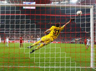 Xabi Alonso logró el gol decisivo con un este magnífico disparo desde 30 metros. (Foto: Getty)