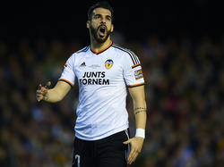 Álvaro Negredo bleibt dem FC Valencia erhalten
