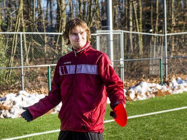 Sam Lundholm heeft zich warm aangekleed voor de training van NEC. (21-01-2017)