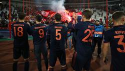 Robert Lewandowski (l.) fehlte beim Bayern-Training am Donnerstag