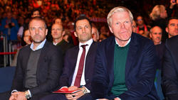 In Sachen Transfers beim FC Bayern nicht immer einer Meinung: Flick, Salihamidzic und Kahn