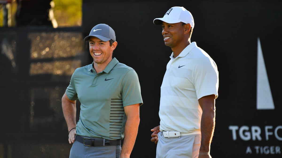 Stattete Tiger Woods nach dessen Autounfall einen Besuch ab: Rory McIlroy (l)