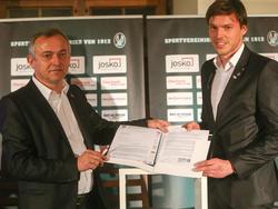 Thomas Gebauer verlängerte seinen Vertrag mit der SV Ried vorzeitig bis 2018 (4.2.2016, Copyright: SV Ried / Scharinger)