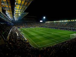 Estadio de la Cerámica bei Nacht