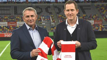 Klaus Allofs (l.) stellt sich bei Fortuna Düsseldorf vor