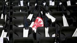 Frankfurt und Benfica spielen mit Trauerflor