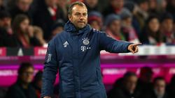 Hansi Flick bleibt vorerst Trainer des FC Bayern