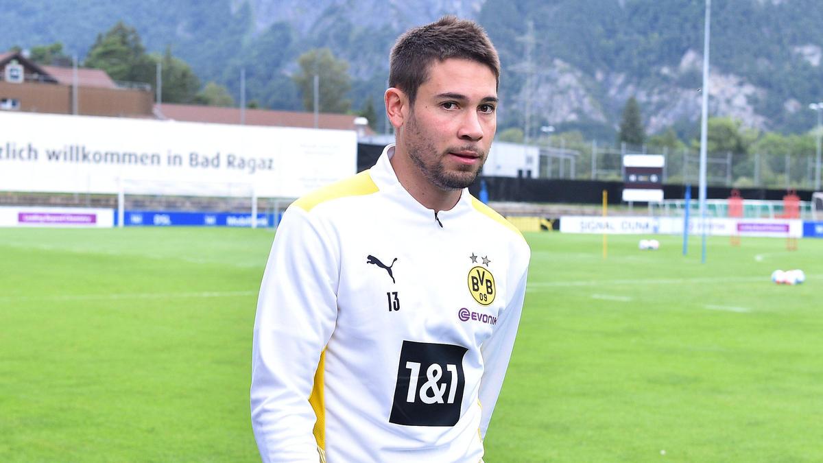 Raphael Guerreiro kann noch nicht ins Mannschaftstraining des BVB einsteigen