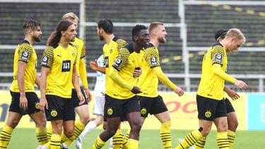 Abdoulaye Kamara (M.) zählt zu den großen Talenten des BVB