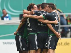 Schalke 04 ließ in Duisburg nichts anbrennen