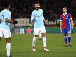 Manchester Citys Ilkay Gündogan kann mit seinem Team für die nächste Runde planen