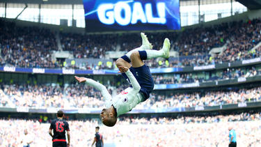Lucas erzielte drei Treffer gegen Huddersfield