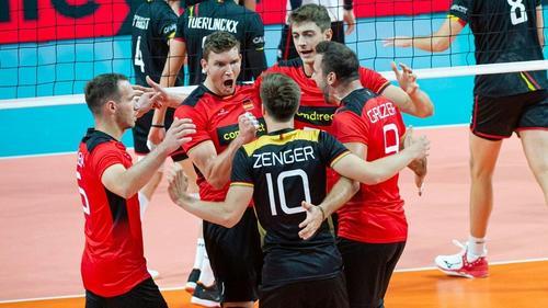 Die deutschen Volleyballer stehen im EM-Viertelfinale