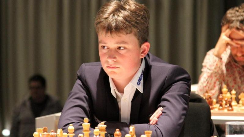 Vincent Keymer hat sich für die Meltwater Champions Chess Tour qualifiziert