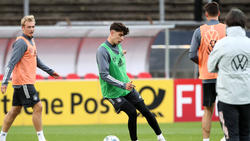 Kai Havertz (M.) beim DFB-Training in Köln