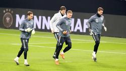 Oliver Baumann (l.) muss das DFB-Team verlassen