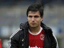 Gianluca Nijholt van Almere City FC verlaat opgelucht het veld na de zege (0-2) bij FC Eindhoven. (09-04-2012)