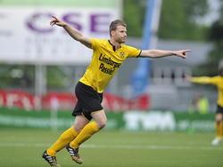 Doelpuntenmaker Marc Höcher van Roda JC viert de 0-1 in het play-offduel met FC Emmen. (22-05-2015)