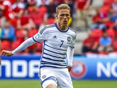 Viktor Fischer kende een kort seizoen vanwege een zware blessure, maar aan het einde van het voetbaljaar staat hij er voor Jong Denemarken. De aanvaller speelt mee in de wedstrijd tegen gastland Jong Tsjechië op het Europees Kampioenschap voor spelers onder de 21. (17-06-2015)