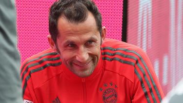 Hasan Salihamidzic freut sich über den Aufschwung des FC Bayern