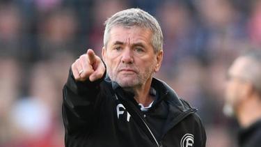 Trainer Friedhelm Funkel ist von der ehemaligen Klubführung enttäuscht