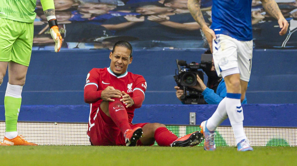 Van Dijk fehlt Liverpool lange
