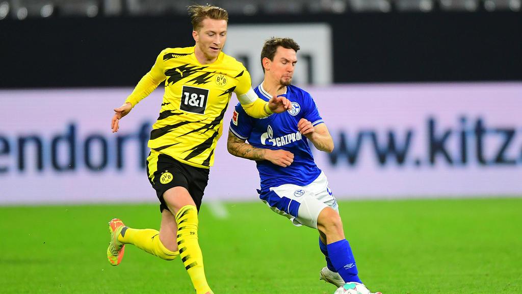 Marco Reus (l.) wurde beim Derby gegen Schalke eingewechselt