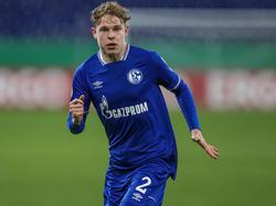Kilian Ludewig stand in der abgelaufenen Saison für Schalke 04 auf dem Platz