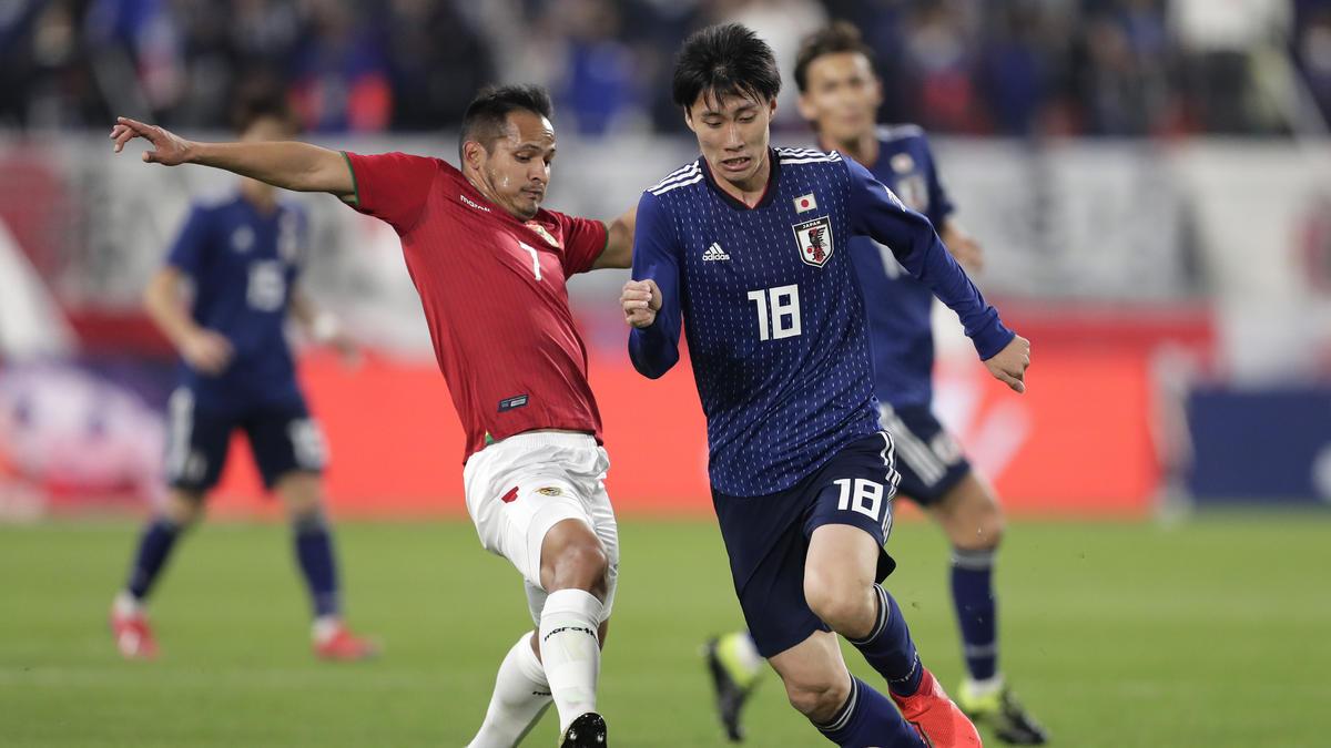 Daichi Kamada (r.) wird mit einem Wechsel zum VfB Stuttgart in Verbindung gebracht