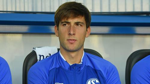JuanMiranda sitzt beim FC Schalke 04 nur auf der Bank