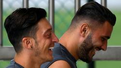 Mesut Özil und Sead Kolasinac sind im Juli überfallen worden