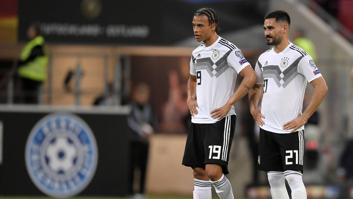 Ilkay Gündogan trauert Leroy Sané (l.) nach dessen Wechsel zum FC Bayern nach